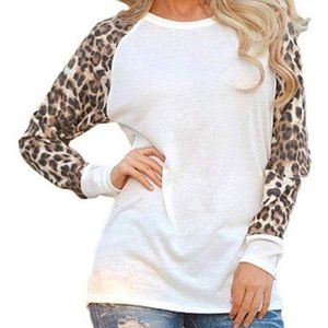 Sheer sleeves leopard Tee